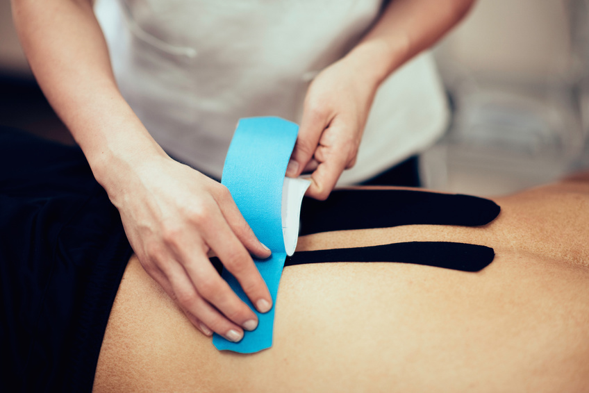 Kinesiotaping – Schmerzen wegkleben und Heilungsprozess verbessern